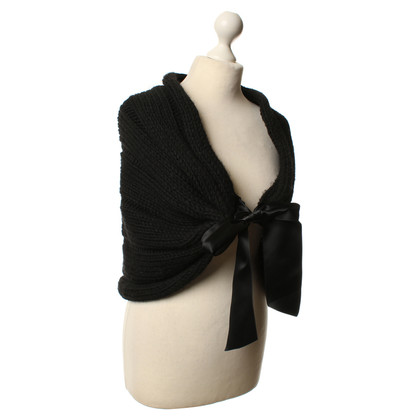 Furla Knitted shawl in black