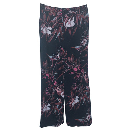 "Gestuz trousers ""Demi"" with flower print"