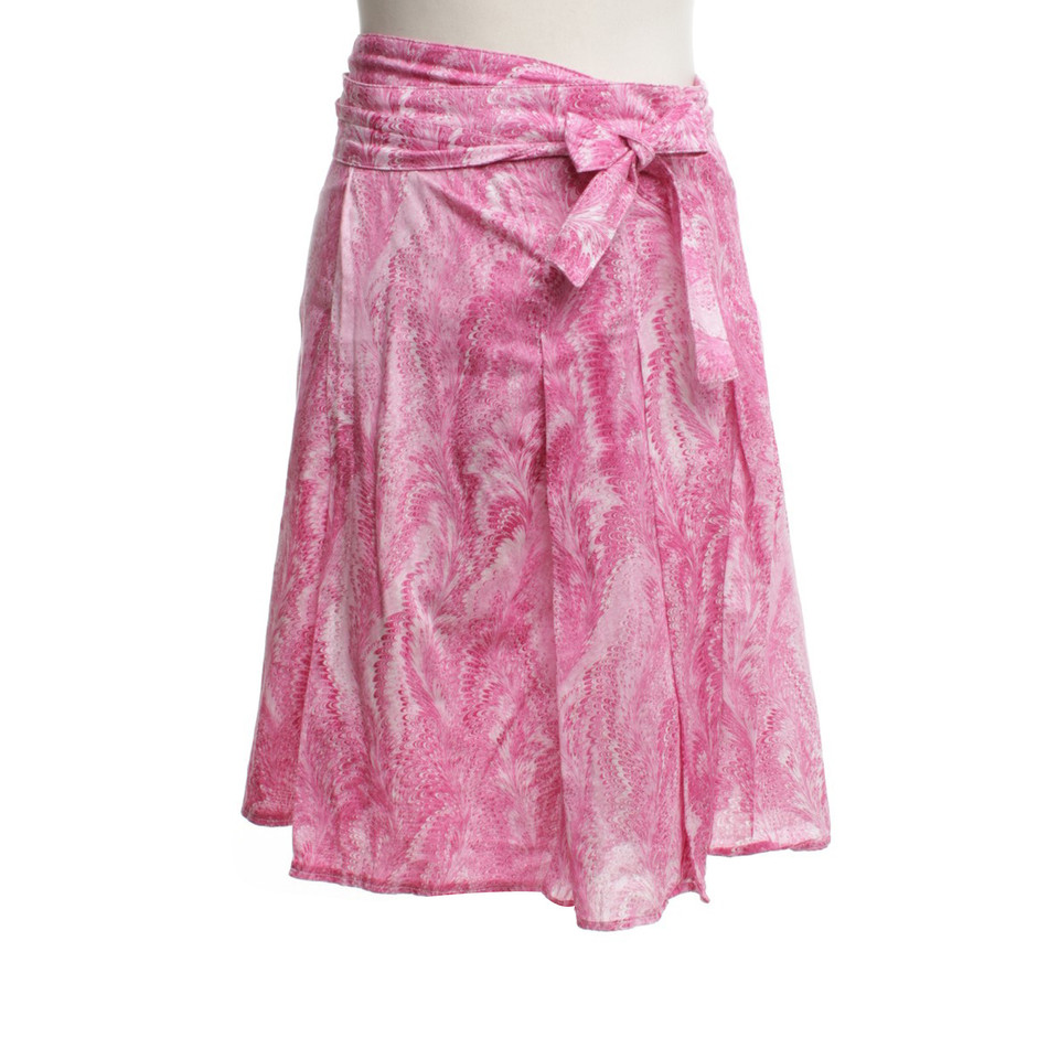 Burberry Wrap skirt in pink