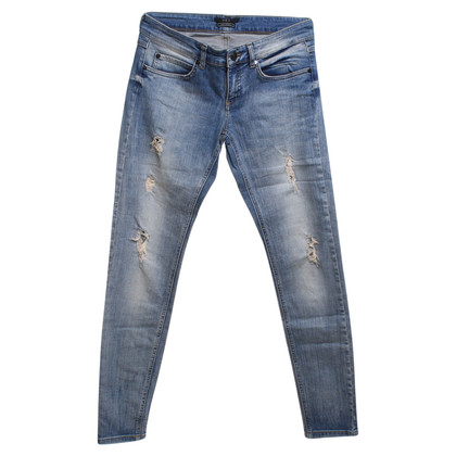 Set Jeans nel look Destroyed