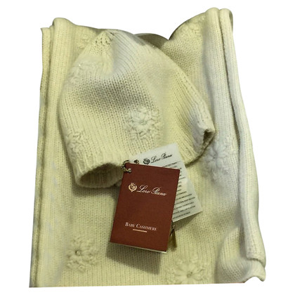 Loro Piana Kashmir set (hat & scarf)