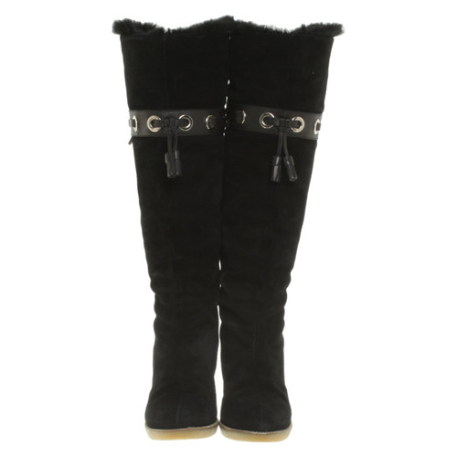 62c27ff91b9 Gucci Boots Suede in Black - Second Hand Gucci Boots Suede in Black ...