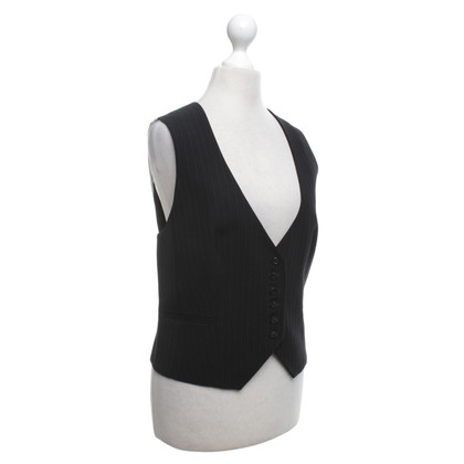 Hobbs Vest in black and white