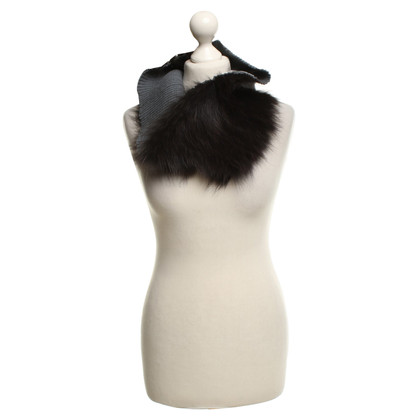 Pinko Fur collar in black