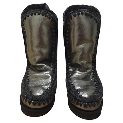 Other Designer Mou - Fur Boots