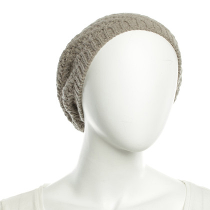 Allude Knitted hat made of cashmere