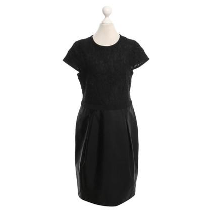 Burberry Zwarte jurk met kant
