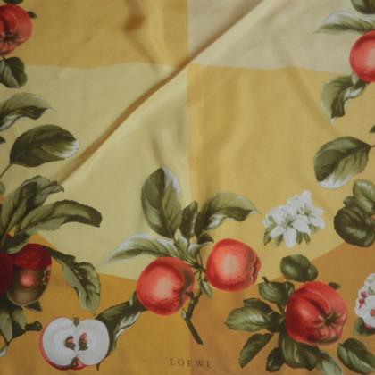 Loewe Tuch aus Seide