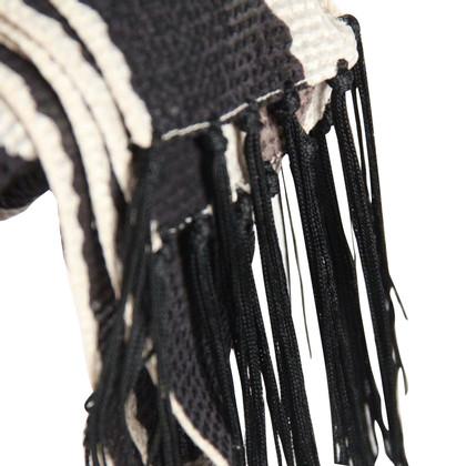 Armani sjaal