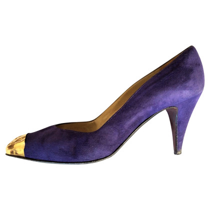 Gianni Versace suede pumps