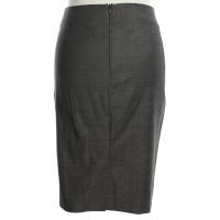Hugo Boss skirt in salt & pepper look