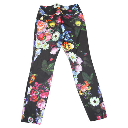 Ted Baker Pantaloni floreali in nero
