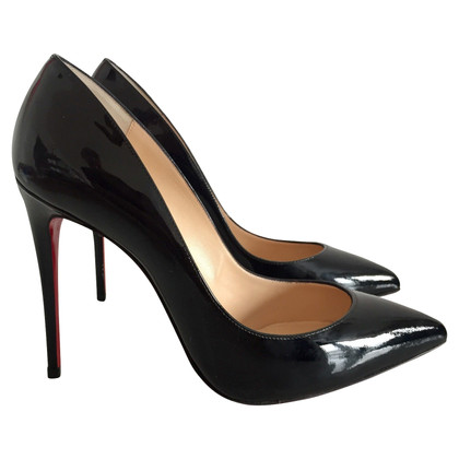 Christian Louboutin Lackleder-Pumps