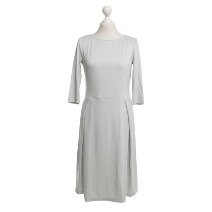 Kilian Kerner Robe en gris clair