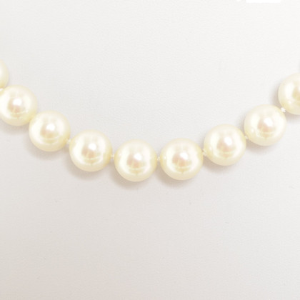 Christian Dior Necklace made of pearls