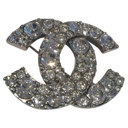 Chanel Brooch CC logo with XL rhinestones