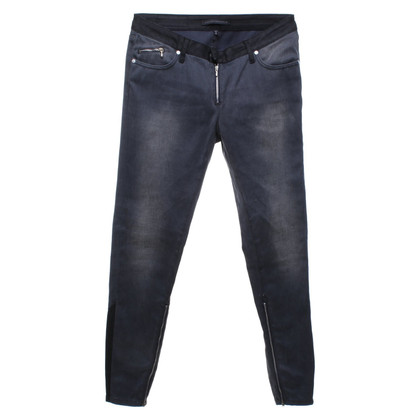 Victoria Beckham Jeans in used-look