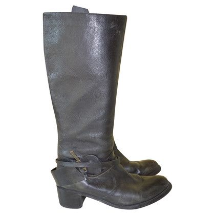 Hugo Boss Boots with details
