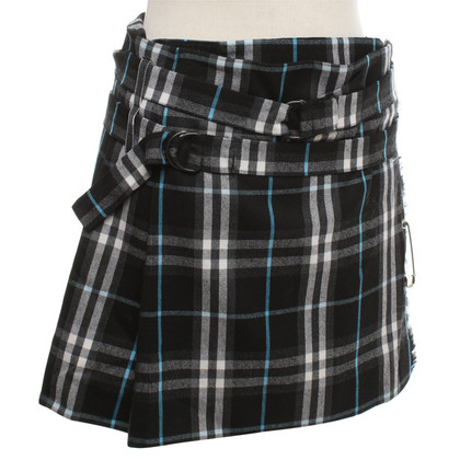 Burberry Mini skirt with pattern