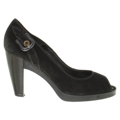 Fendi Peep-toes in black