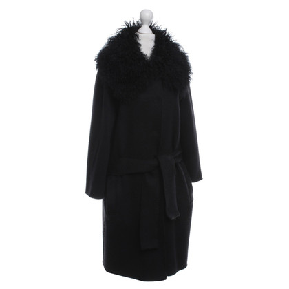 Dolce & Gabbana Knitted coat with fur collar