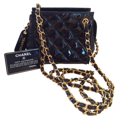 Chanel Vintage evening bag in patent leather