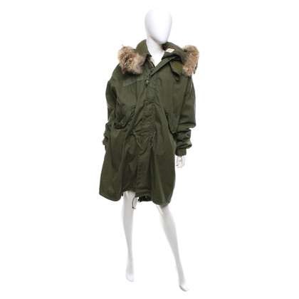 Barbed Parka with fur trim