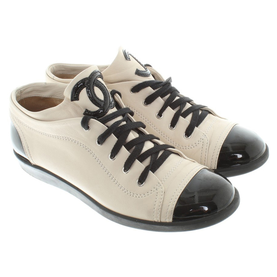 Chanel Sneakers in beige / black