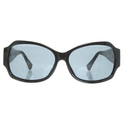 Louis Vuitton Sunglasses in black