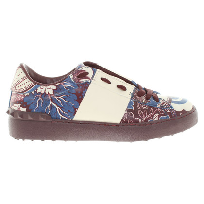Valentino Sneakers with floral pattern
