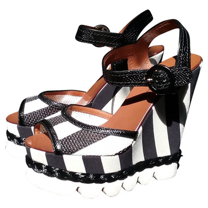 Dolce & Gabbana Sandalen met sleehak