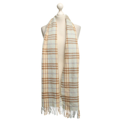 Burberry Scarf in wool and cashmere