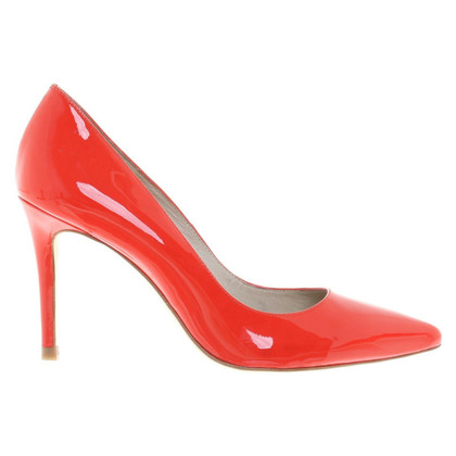 Karen Millen pumps in red