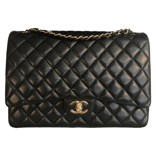 56e818bc3d64 Chanel Classic Flap Bag Leather in Black - Second Hand Chanel ...