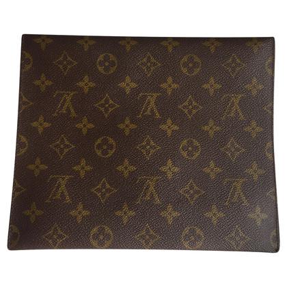 Louis Vuitton Clutch aus Monogram Canvas