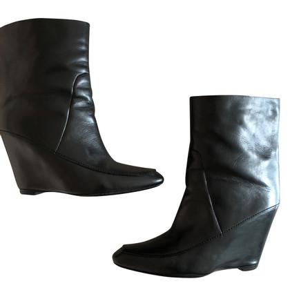 Alexander McQueen Bottes en noir