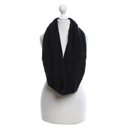 Max Mara Scarf in black