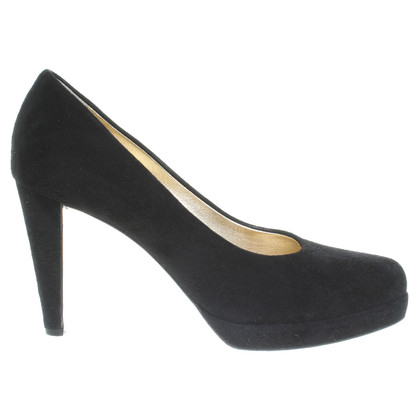 Walter Steiger Plateau Pumps in black