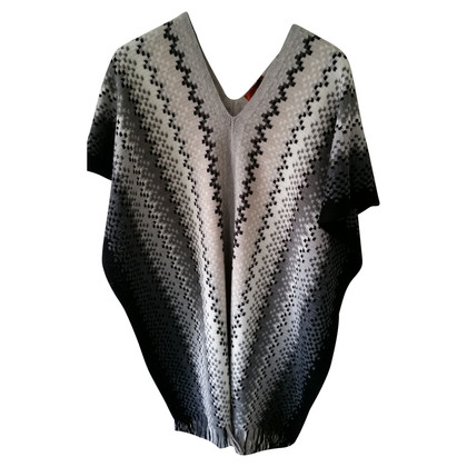 Missoni Poncho in grey