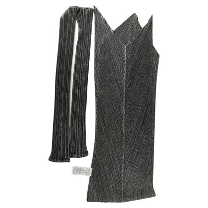 "Issey Miyake Scarf & Gloves ""Pleats Please"""