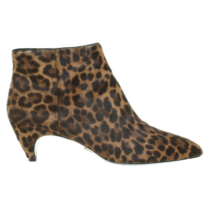 Prada Boots met vachtlook