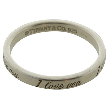 Tiffany & Co. '' I love you '' ring
