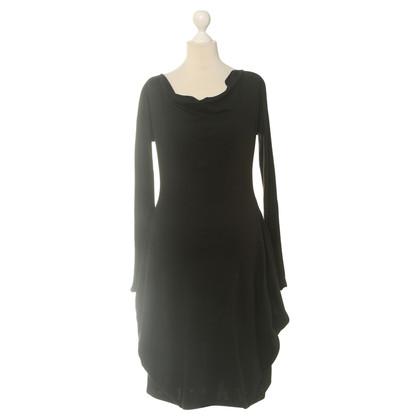 Alexander McQueen Vestito di nero