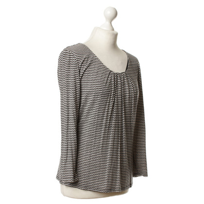 Max Mara top pattern