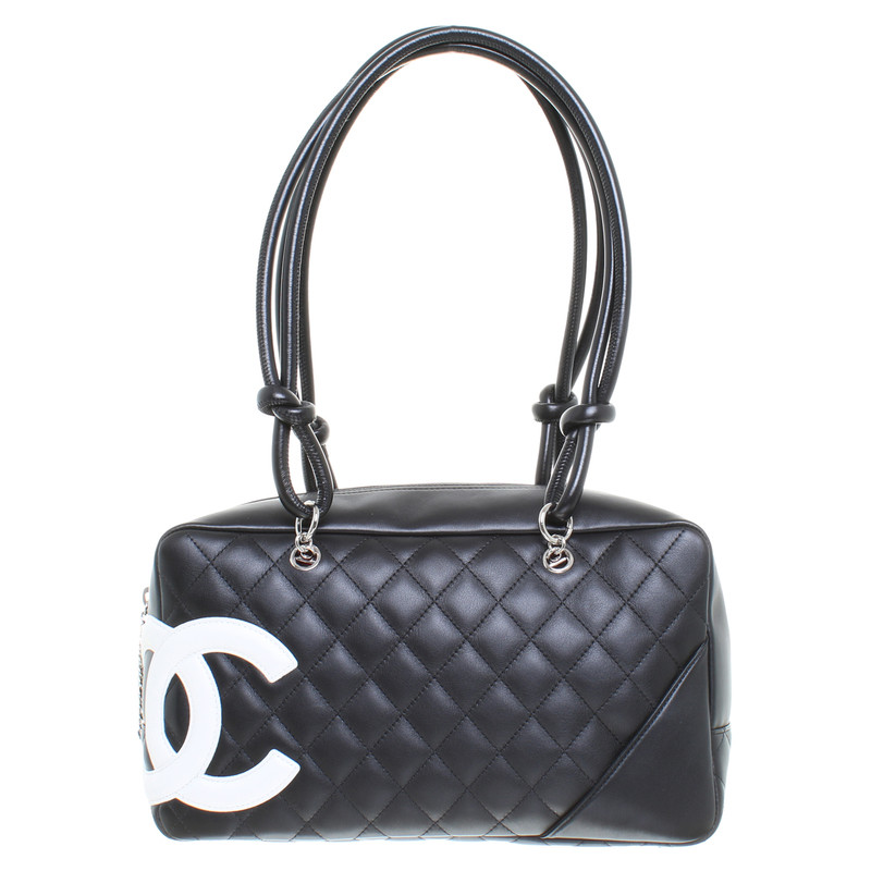 chanel tasche mit steppmuster second hand chanel tasche. Black Bedroom Furniture Sets. Home Design Ideas