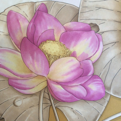 Gucci Water lily silk foulard