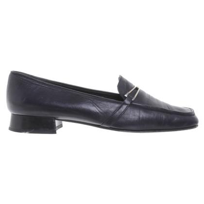 Prada Loafer aus blauem Leder
