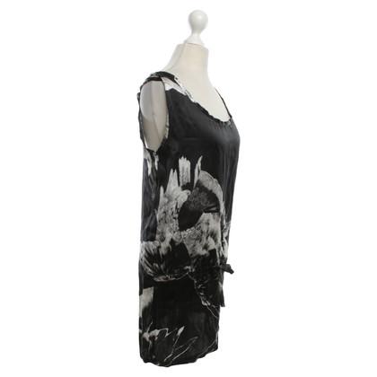 Ann Demeulemeester top in seta in bianco / nero
