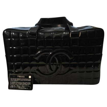 Chanel borsa in pelle nera verniciata