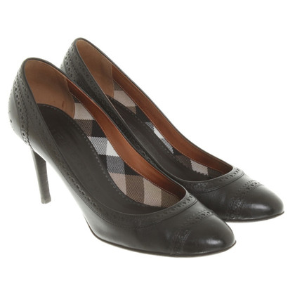 Burberry Pumps in Schwarz
